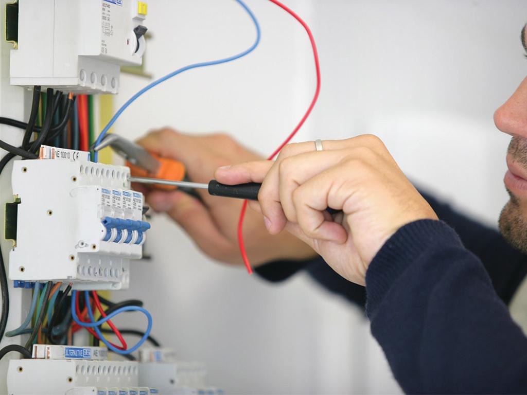 come fare un impianto elettrico a norma